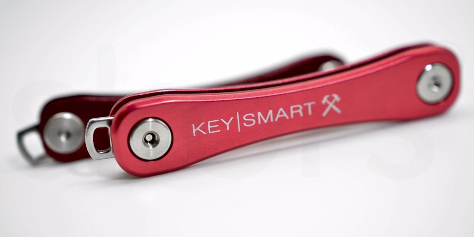 KeySmart Rugged in Rot 4