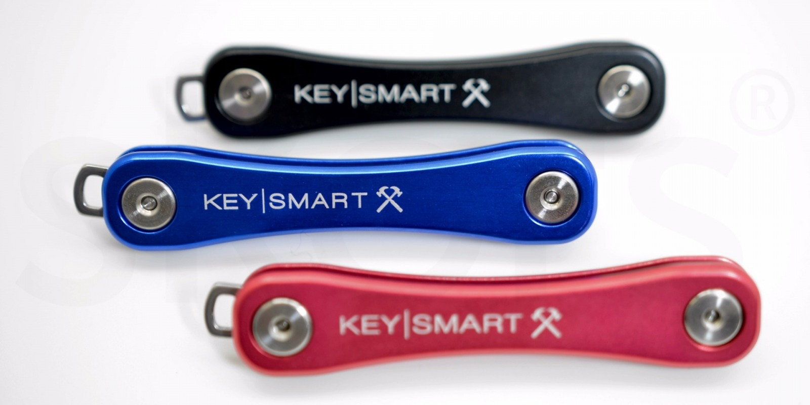 KeySmart Rugged in Rot - 6