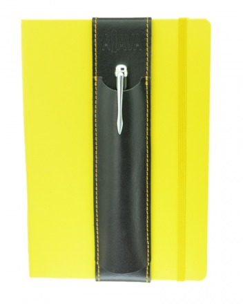 Aljava Louis Rindspaltleder Schwarz Naht Gelb - Mit dem ALjAVA Louis sind die Stifte an deinem A5-Notizbuch immer griffbereit