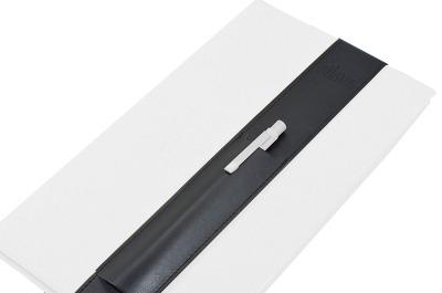 ALjAVA Louis A4 Kunstleder: Schwarz, Naht: Schwarz - Mit dem ALjAVA Louis sind die Stifte an deinem A4-Notizbuch immer griffbereit