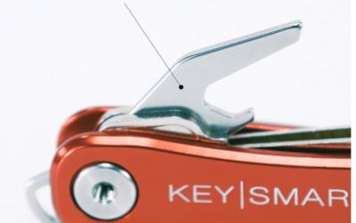 KeySmart Flaschenoeffner fuer KeySmart Rugged - Dieser Flaschenoeffner passt in den KeySmart Rugged.
