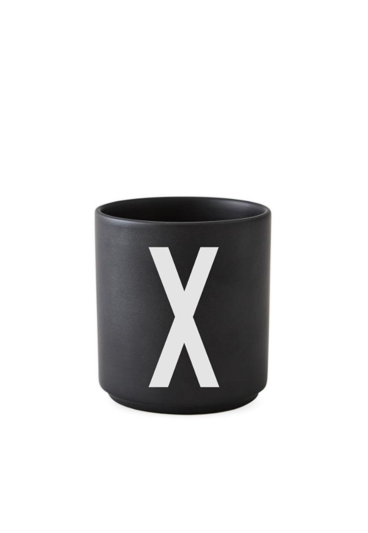 schwarzer Porzellanbecher X