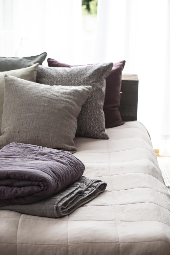 Kissenbezug aus Leinen 50x50/ lavendel&braun 3