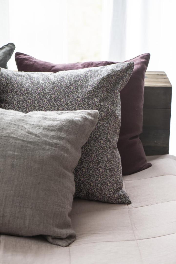 Kissenbezug aus Leinen 50x50/ lavendel&braun 6