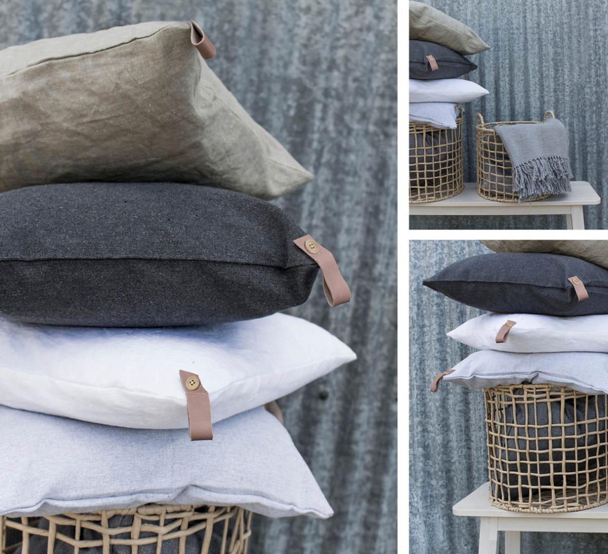 TULLSTORP Kissenhülle aus recyceltem Material hellgrau