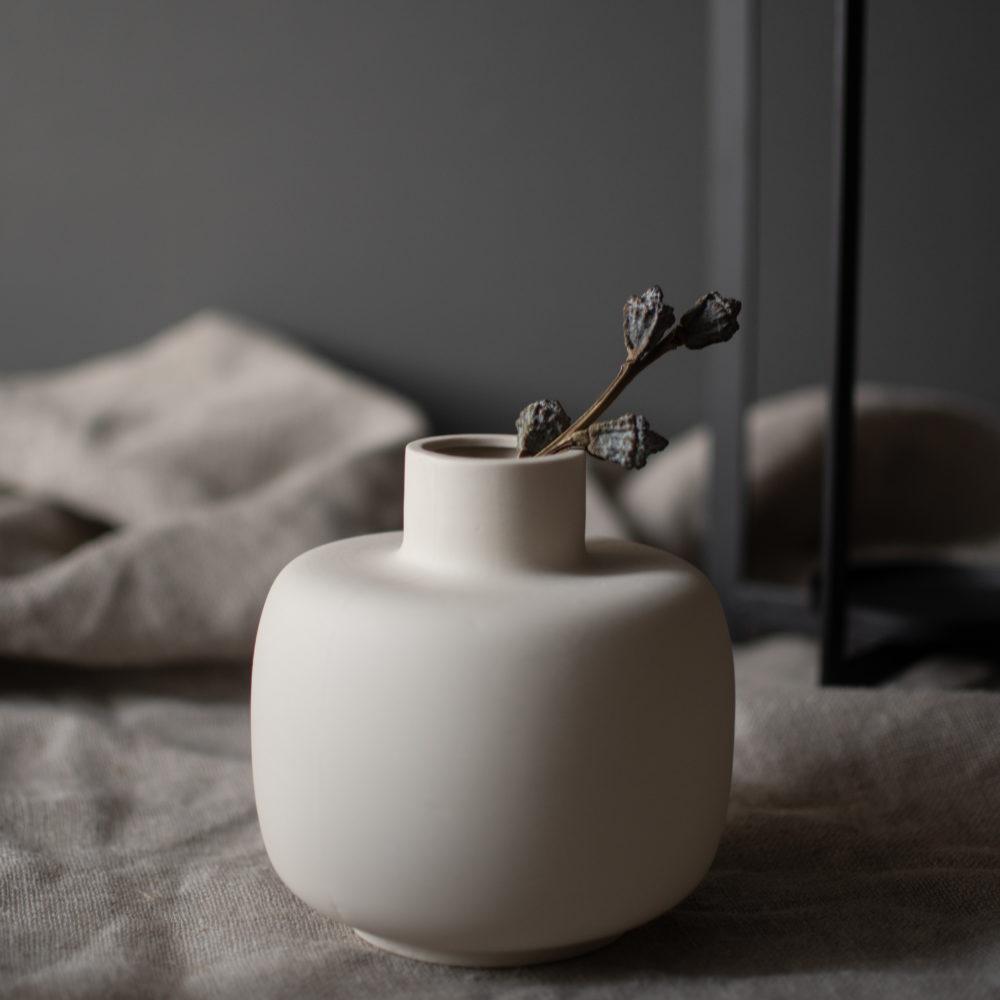 bauchige Vase beige