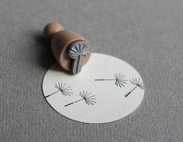Stempel Pusteblume klein