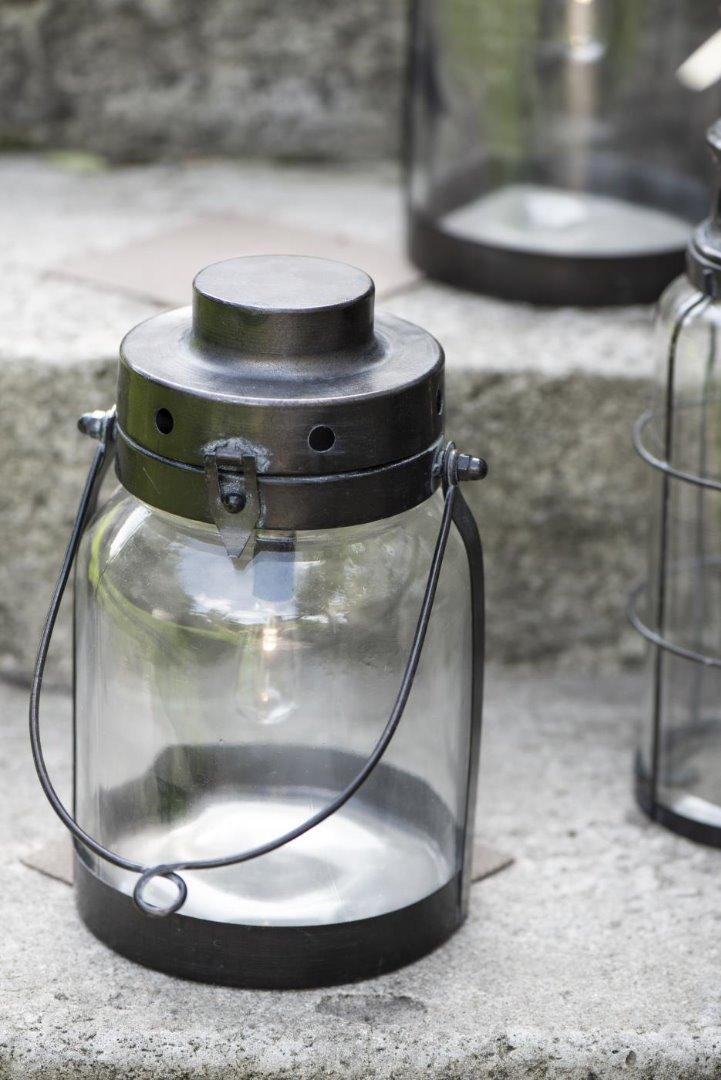 LED Laterne mit Metallboden klein 2