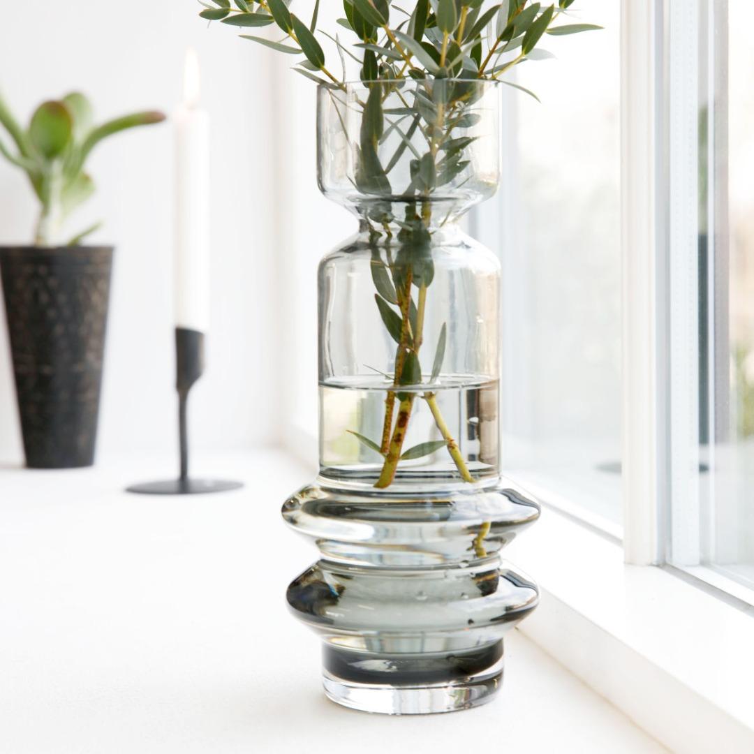 Vase SAPA aus Glas grau