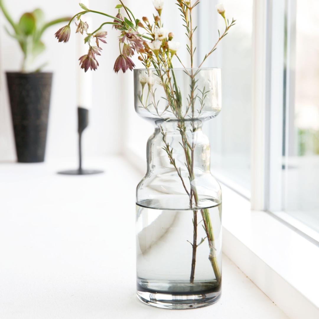 Vase CINTH aus Glas grau