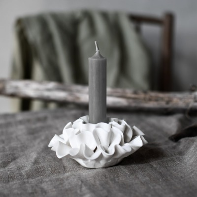 weißer Kerzenhalter Lekeryd matt/ aus Keramik