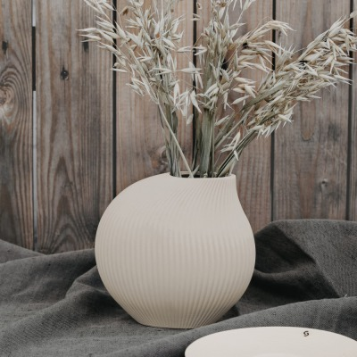 Lerbäck Keramikvase beige von Storefactory Scandinavia