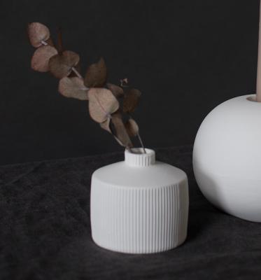 Berga Keramikvase weiß klein von Storefactory