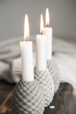 Kerzenhalter Zapfen aus Beton Ib Laursen