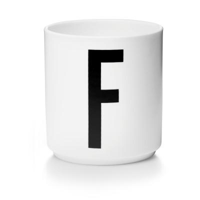 Porzellanbecher F - Design Letters
