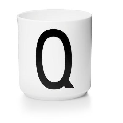 Porzellanbecher Q - Design Letters