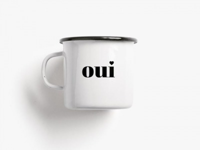 Emaille Becher oui / non -