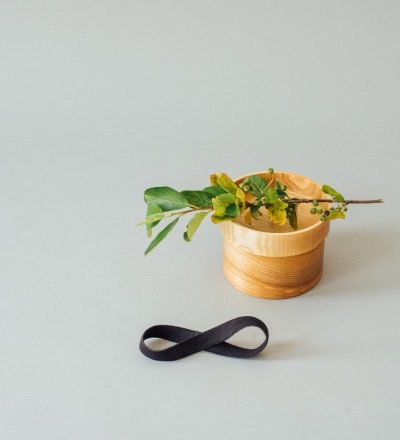 Eshly Deli Box Basic Small - plastic free lunchbox made form pure ash wood