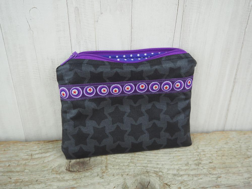 Kleine Reißverschlusstasche Sterne grau lila 3