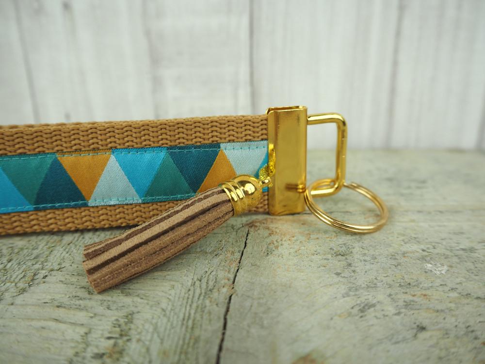 Schluesselband gold Tassel Quaste Dreiecke camel