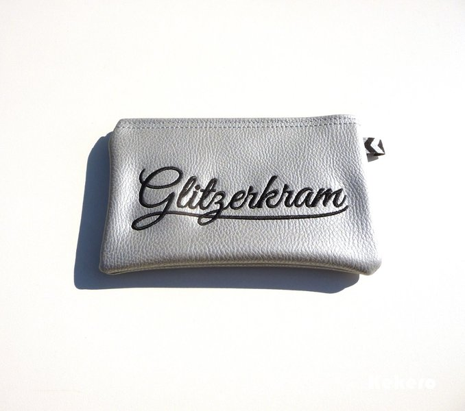 Reißverschlusstasche Kunstleder silber Glitzerkram