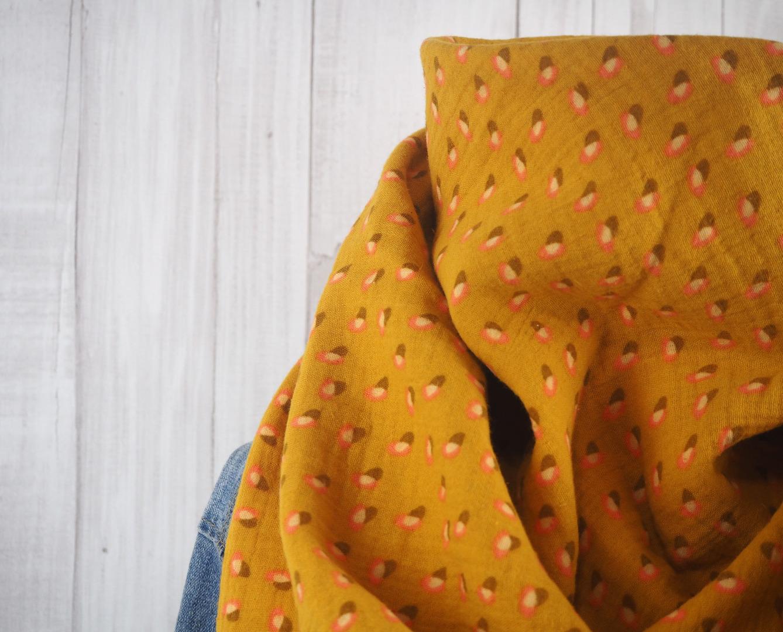 Tuch Dreieckstuch Musselin senfgelb mit Muster