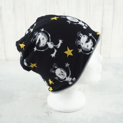 Beanie Monster und Sterne schwarz und