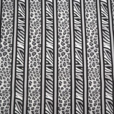 Animalprint Glam Girl, Patchwork Stoff Patchworkstoff Meterware, Leomuster Streifen, schwarz weiß grau