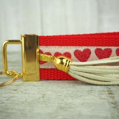 Schlüsselband gold rot Herzen Glitzer Tassel