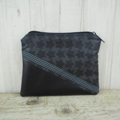 Reißverschlusstasche Sterne schwarz Kunstleder Versandkostenfreier Artikel