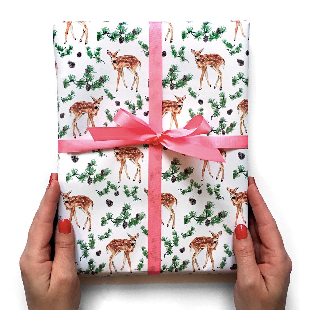 3 Bögen Geschenkpapier Rehlein
