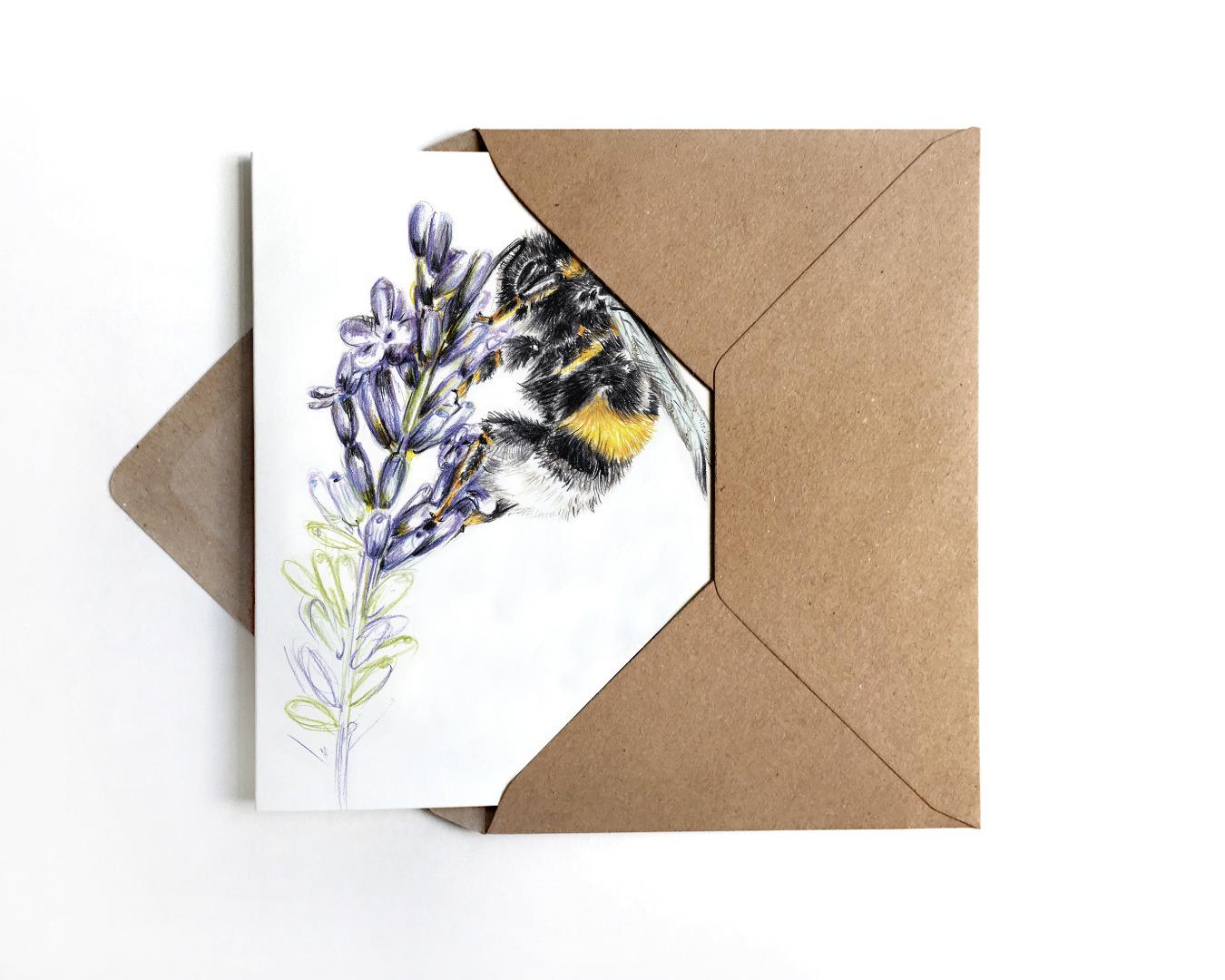 Grußkarte Hummel auf Lavendel