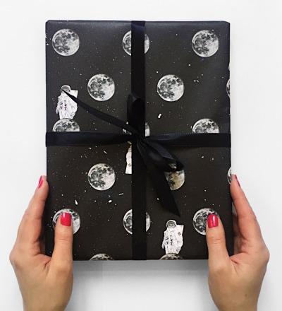 3 Bögen Geschenkpapier Astrocat - je