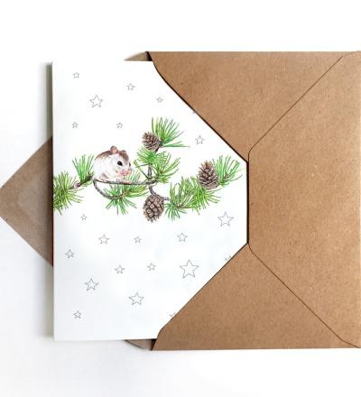 Weihnachtskarte Maus auf Kiefernzweig Grußkarte