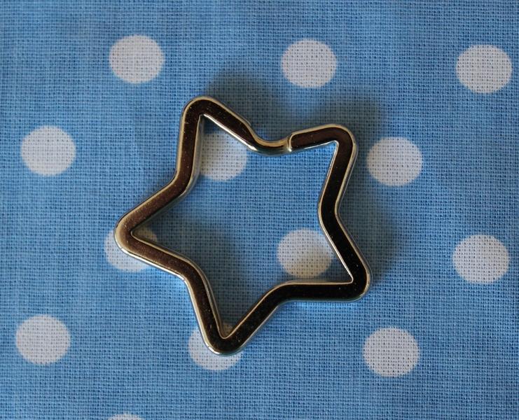 3 Schlüsselringe Stern Design- Schlüsselring