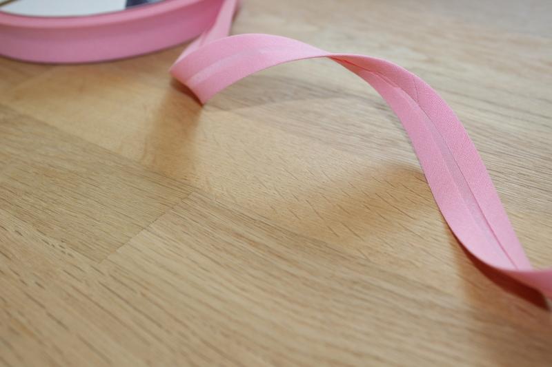 1m Schrägband uni 18mm rosa