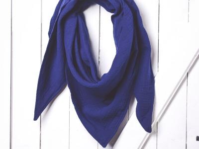 großes einfarbiges XL- Musselintuch einfarbig jeansblau
