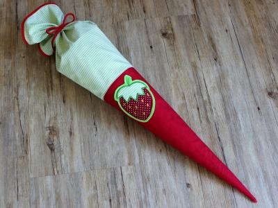 Schultüte Erdbeere 70cm