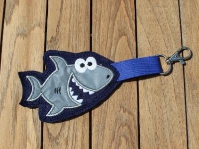 Reflektoranhänger Hai reflektierend dunkelblau