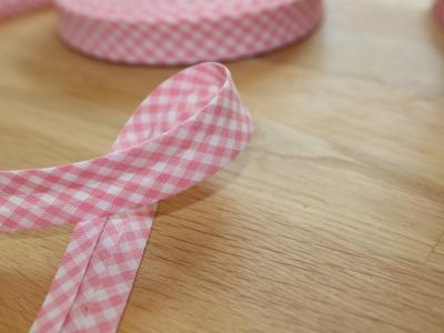 1m Schrägband Vichykaro 18mm rosa