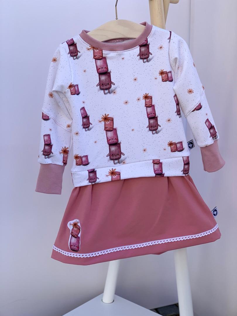 Kleidchen 4
