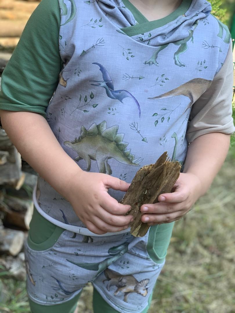 Kurze Hose mit Tasche Dino