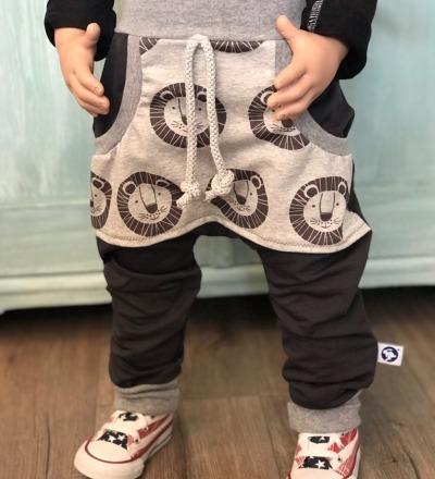 Pumphose mit Löwen-Tasche Zajaz - Zajaz -einzigartige Kindermode