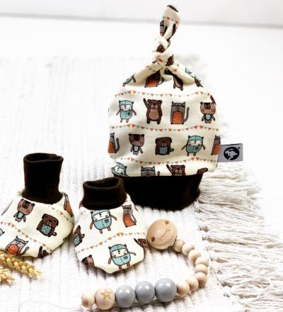 Baby Set Schuhe Mütze und Schlullerkette