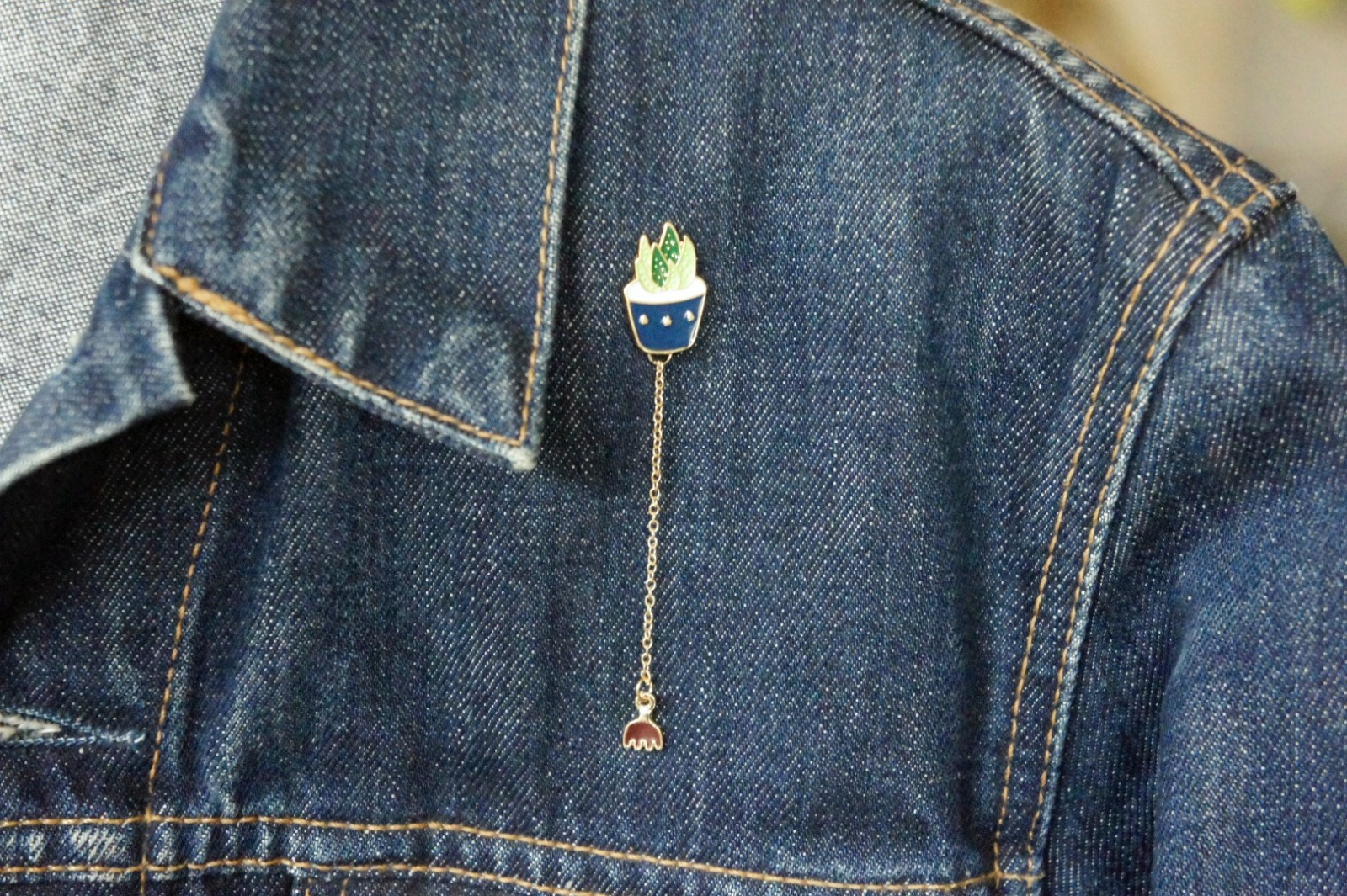 Brosche Pin Sukkulente grün mit Kette - 1