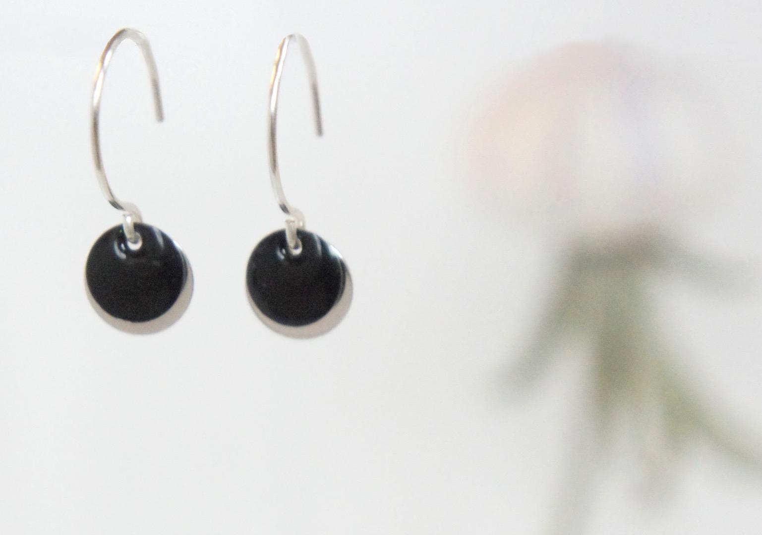 Ohrringe Sterling silber mit Emailleplättchen schwarz - 1