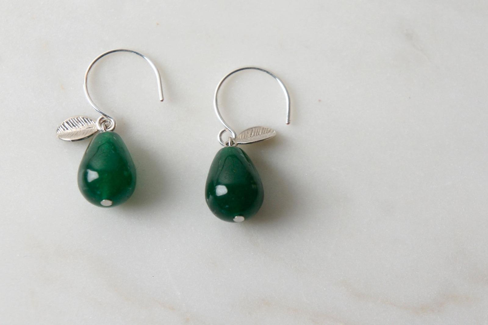 Ohrhänger silber mit Tropfen aus grüner