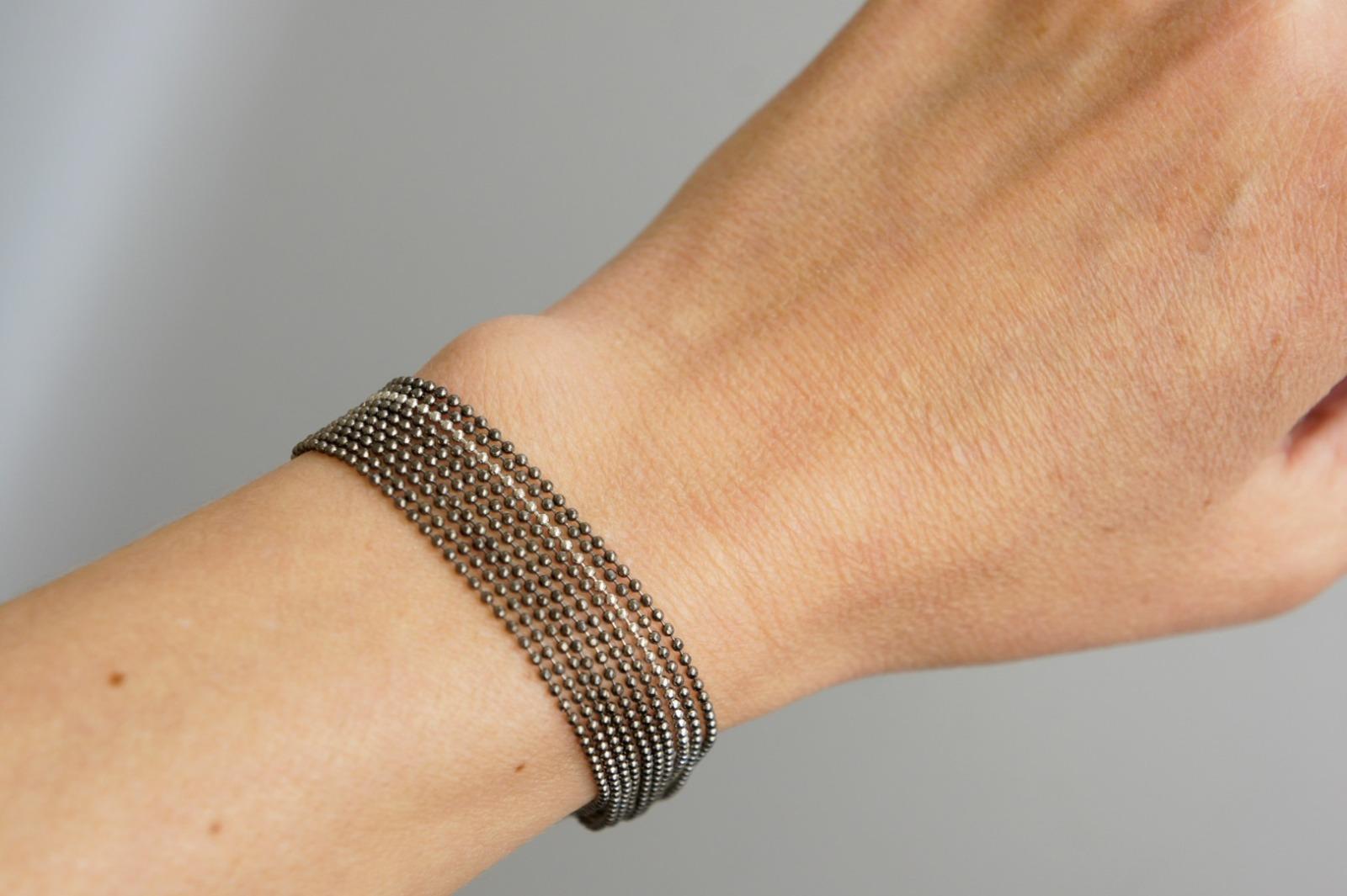 Mehrreihiges Armband Kugelkette Messing schwarz-silber 3