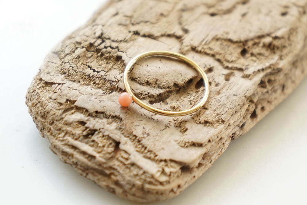 Zierlicher Ring Stapelring vergoldet Koralle rosa - 1