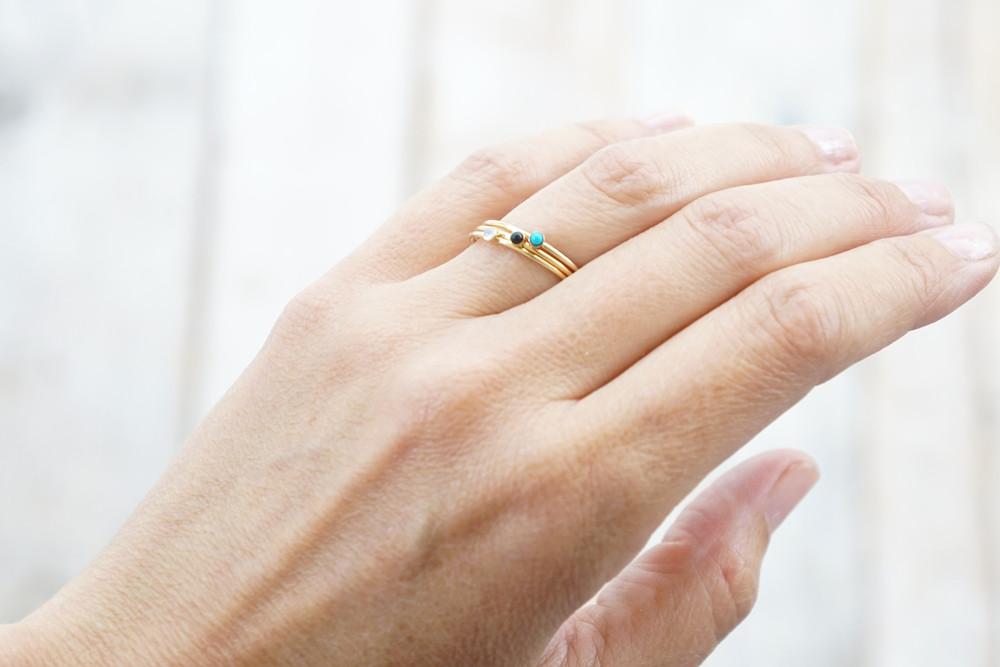 zarter Ring Stapelring vergoldet Onyx Fassung - 4